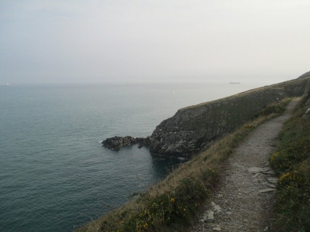 Howth cliff walk trail