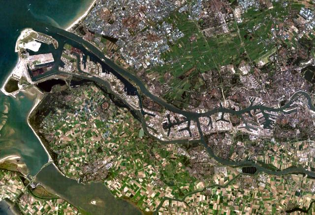 Rotterdam, Netherlands - commons.wikimedia.org
