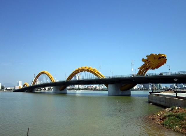 Cau Ron (Dragon) Bridge (Danang)