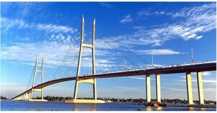 My thuan Bridge (Vinh Long)