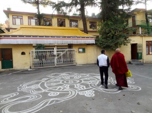 The Dalai Lama's residence - Source: happinessplunge.com