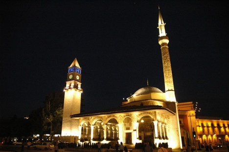 Et'hem Bey Mosque in Tirana, Albania - Source: pinterest.com