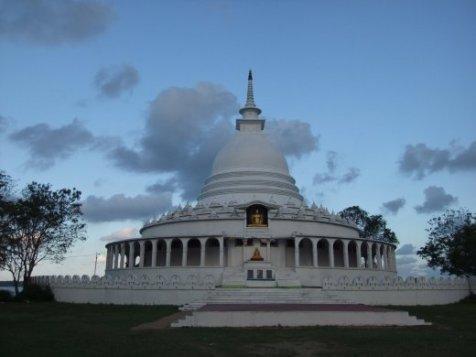Ampara, Sri Lanka Peace Pagoda - Source: journals,worldnomads.com