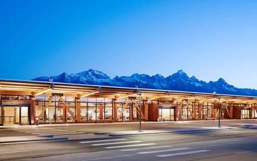 Jackson Hole Airport, Wyoming - Source: jakcsonholewy.com