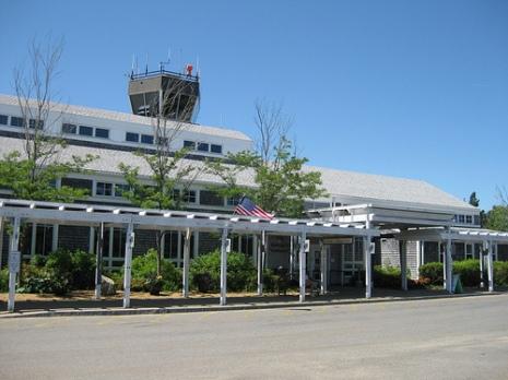 Martha's Vineyard Airport, Massachusetts - Source: flickriver.com